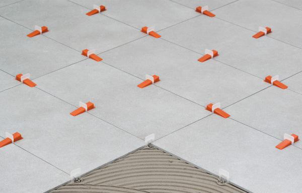 Raimondi : Système de cales pour ajustement hauteur céramique - Les ...